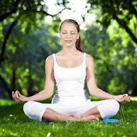meditating-woman-nature